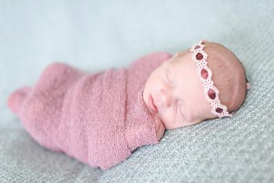 Emily Stefani ~ newborn-025