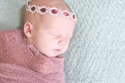 Emily Stefani ~ newborn-024