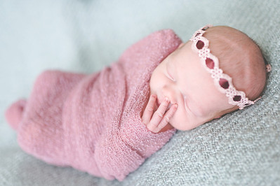 Emily Stefani ~ newborn-026