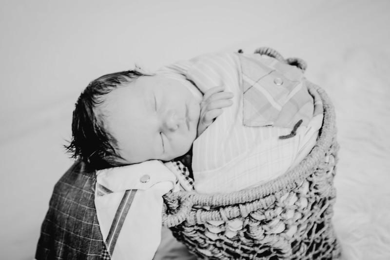 00010--©ADHPhotography2018--Fink-Newborn--2018May18