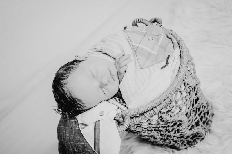 00008--©ADHPhotography2018--Fink-Newborn--2018May18