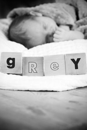 Grey Oliver Struwe