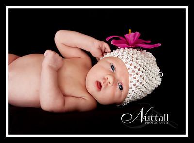 Hailey Newborn 060