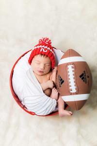 00006--©ADHPhotography2019--JamesV--Newborn--ReEdit