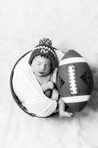00006--©ADHPhotography2019--JamesV--Newborn--ReEditbw