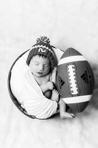 00004--©ADHPhotography2019--JamesV--Newborn--ReEditbw