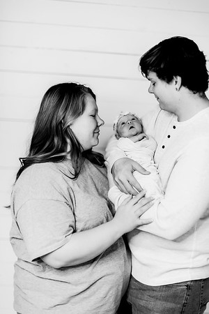 00022-©ADHPhotography2019--Jaycie--Newborn--November22