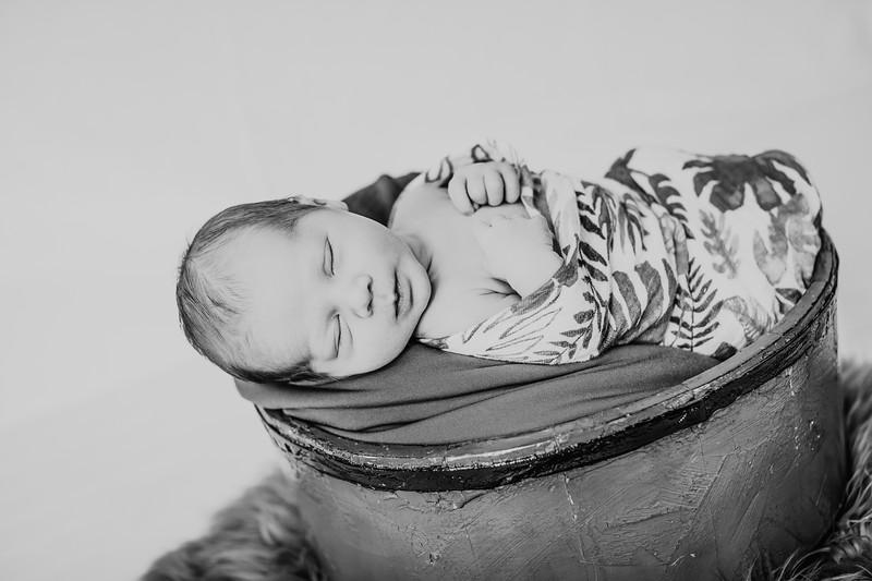 00004--©ADHPhotography2018--JettJamesRice--Newborn--2018October18