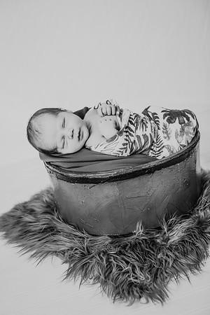 00002--©ADHPhotography2018--JettJamesRice--Newborn--2018October18