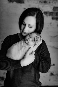 00007©ADHphotography2020--Helms--Newborn--November14bw