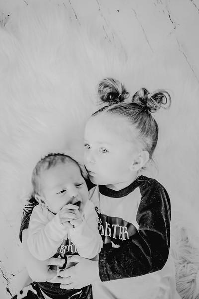 00778--©ADHPhotography2018--Vogt--Newborn--2018April28