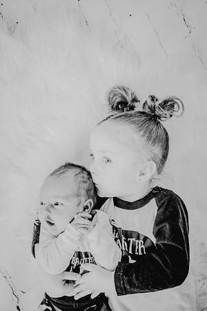00774--©ADHPhotography2018--Vogt--Newborn--2018April28