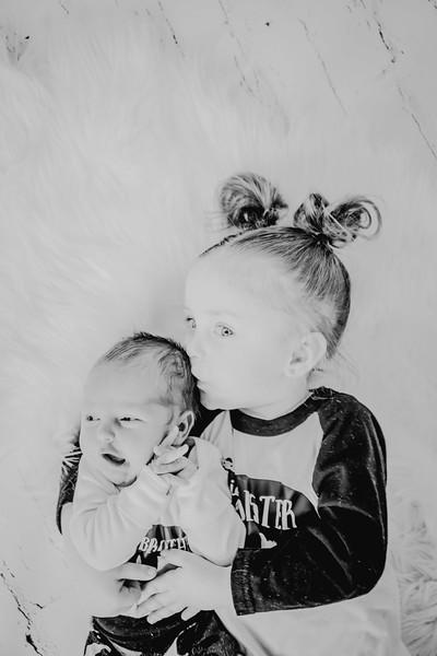 00776--©ADHPhotography2018--Vogt--Newborn--2018April28