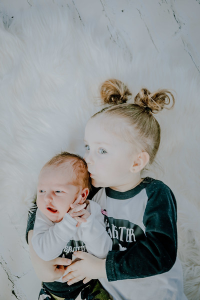 00775--©ADHPhotography2018--Vogt--Newborn--2018April28