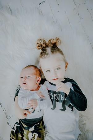 00787--©ADHPhotography2018--Vogt--Newborn--2018April28