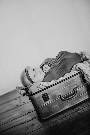 00022--©ADHphotography2017--KylieRuf--NewbornReShoot