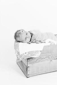 00002--©ADHPhotography2018--Loomis--Newborn