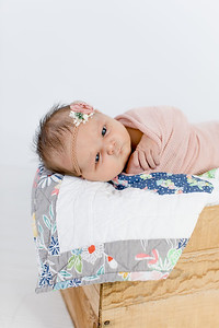 00003--©ADHPhotography2018--Loomis--Newborn