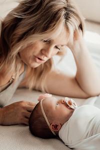 Mackenzie C Newborn-2408