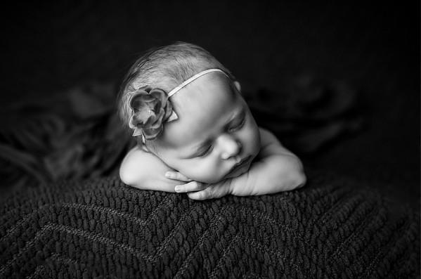 00067--©ADHPhotography2020--MaddynSharp--Newborn--February21bw