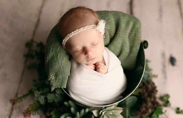 00128--©ADHPhotography2020--MaddynSharp--Newborn--February21