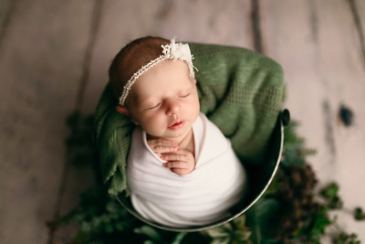 00117--©ADHPhotography2020--MaddynSharp--Newborn--February21