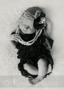 Natalie Newborn 12bw