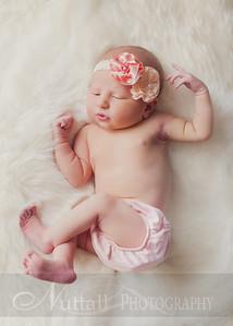 Natalie Newborn 23