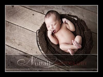 Noah Newborn 18