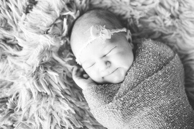 Olivia Newborn ~12 2013-025