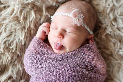 Olivia Newborn ~12 2013-021