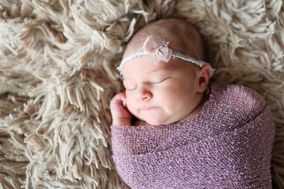 Olivia Newborn ~12 2013-018