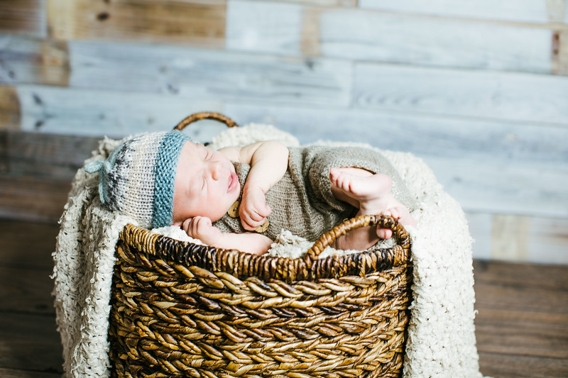 00001--©ADHPhotography2017--Poore--Newborn