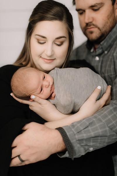 00009-©ADHPhotography2019--RhettPollman--NewbornAndFamily--December30