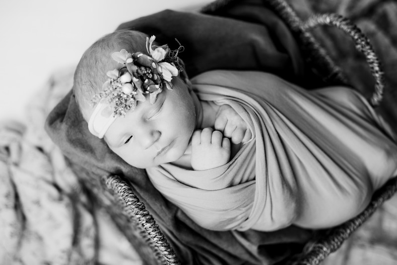 00016--©ADHPhotography2018--RidleySmith--Newborn--October24