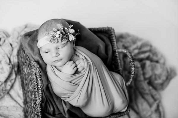 00006--©ADHPhotography2018--RidleySmith--Newborn--October24