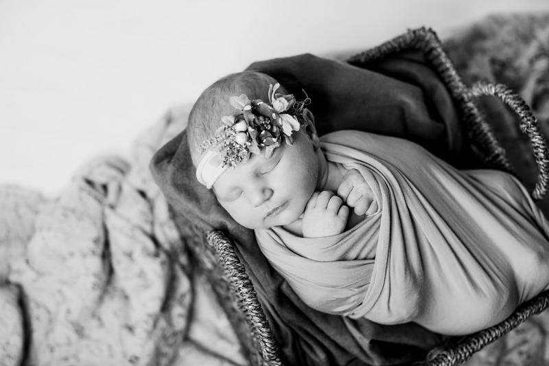 00012--©ADHPhotography2018--RidleySmith--Newborn--October24