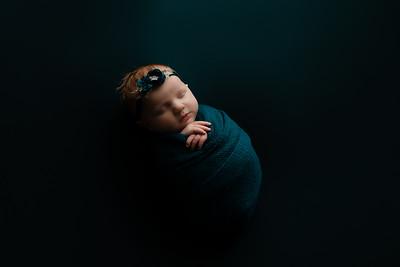 00004©ADHphotography202--RoseKelley--NewbornAndFamily--February13