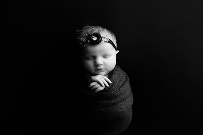 00003©ADHphotography202--RoseKelley--NewbornAndFamily--February13BW