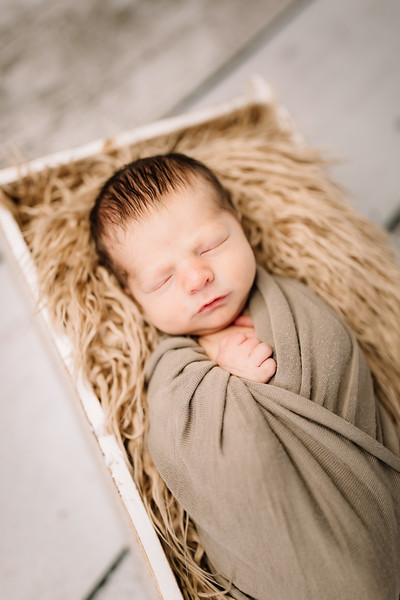 00021-©ADHPhotography2019--Rossenbach--Family&Newborn--Junne27