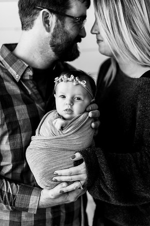 00110--©ADHPhotography2020--TENLEY--Newborn--February27bw