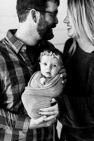 00111--©ADHPhotography2020--TENLEY--Newborn--February27bw