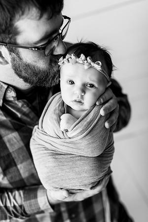 00107--©ADHPhotography2020--TENLEY--Newborn--February27bw
