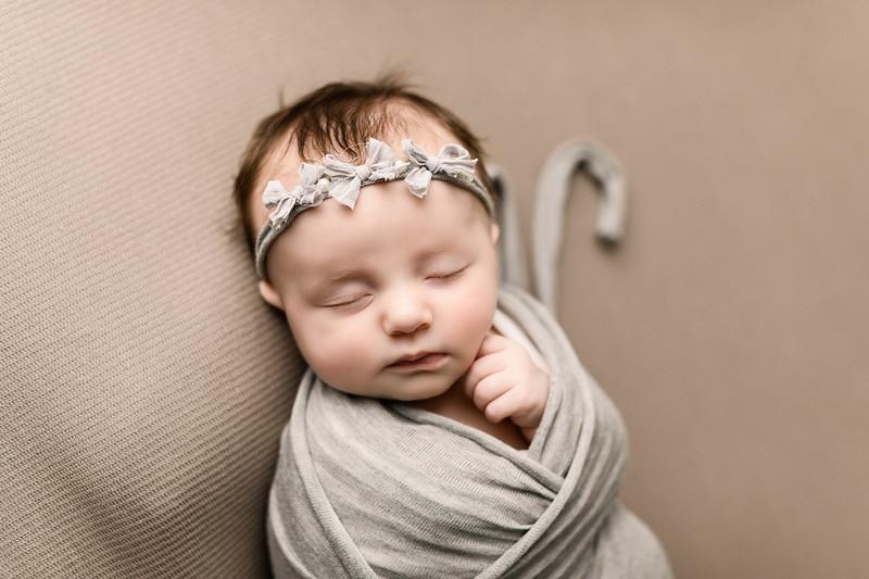 00073--©ADHPhotography2020--TENLEY--Newborn--February27
