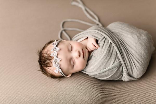 00069--©ADHPhotography2020--TENLEY--Newborn--February27
