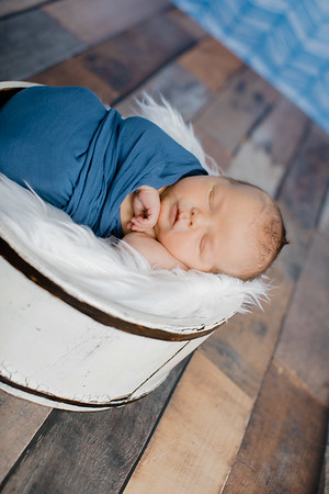 00007--©ADHPhotography2018--TheodoreDonaldTenBensel--Newborn--2018March30