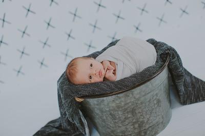 00013--2017©ADHPhotography--Uerling--Newborn