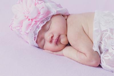 Paisley Newborn 4 24 14