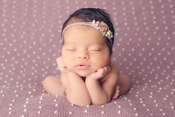 Jocelyn Torres Newborn Session