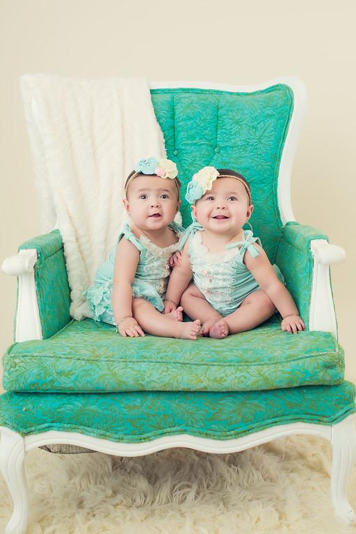 Saige Noelle and Hazel Brielle Newborn session